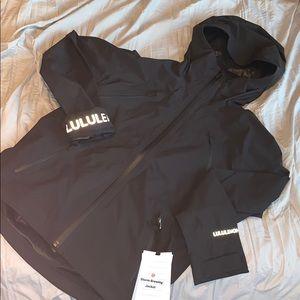 NWT lululemon rain jacket